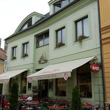 Hotel U Vlašského dvora