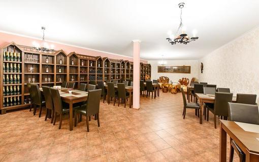 Hotel Lions 1151259683