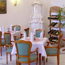 Hotel Zámeček Jetřichovice 35230770