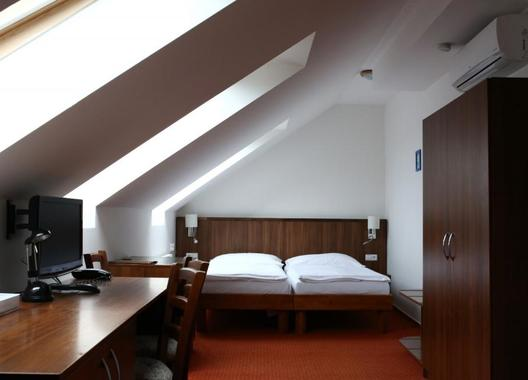 Hotel-Selský-dvůr-2