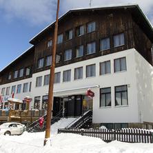 Hotel Enzian, pohled z jižní strany