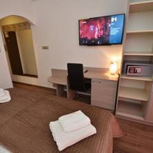 Hotel Aura Praha 42079856