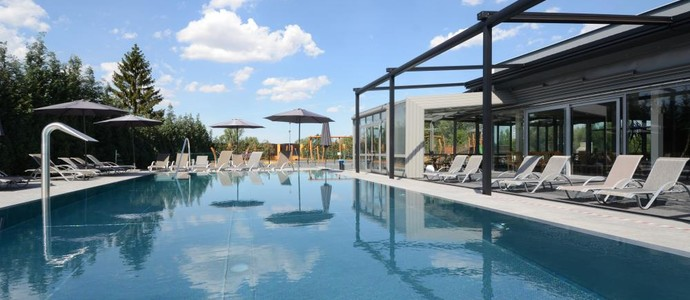 HOTEL AURA PRAHA design & garden wellness pool Praha 1126491505