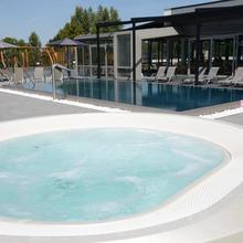 Hotel Aura Design & Garden Pool Praha 46401922
