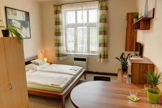 Hotel Jordánek Opočno 49383158