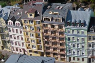 Karlovy Vary-Lázeňský dům Morava
