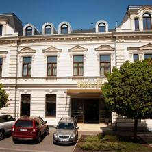 Hotel LEV
