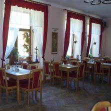 Hotel Broušek Sloup 36819780