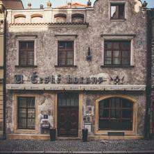 Hotel U České koruny Hradec Králové 33965194