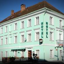 Hotel U Hroznu