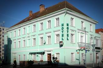 Hotel U Hroznu Mnichovo Hradiště