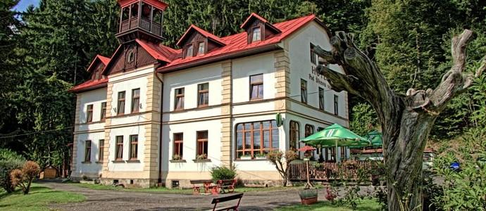 Hotel Pod šikmou věží Holín 491051886