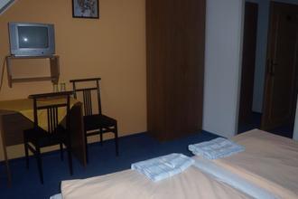 Hotel Club Vranovská Ves 42241172