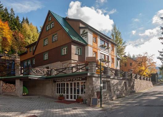 Hotel-Pod-Jasany-1