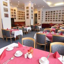 SPA Hotel Marttel Karlovy Vary 37827710