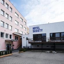 Hotel Sudety Chomutov 40144258