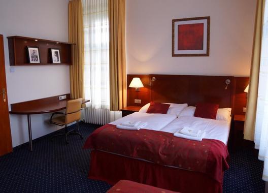 Hotel-Grand-15