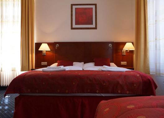 Hotel-Grand-14