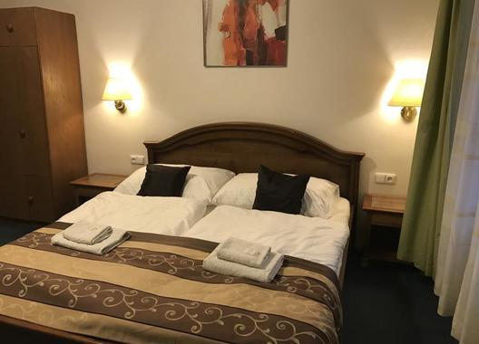Hotel-Grand-5