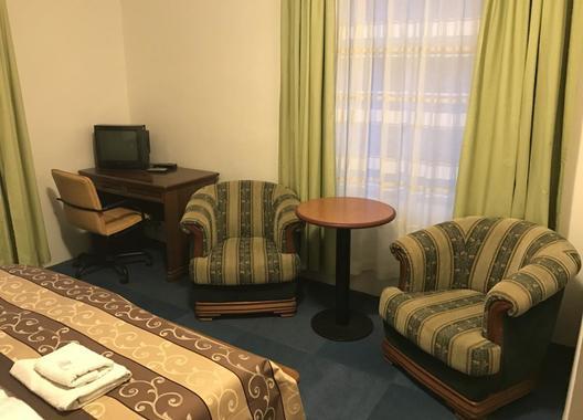 Hotel-Grand-6
