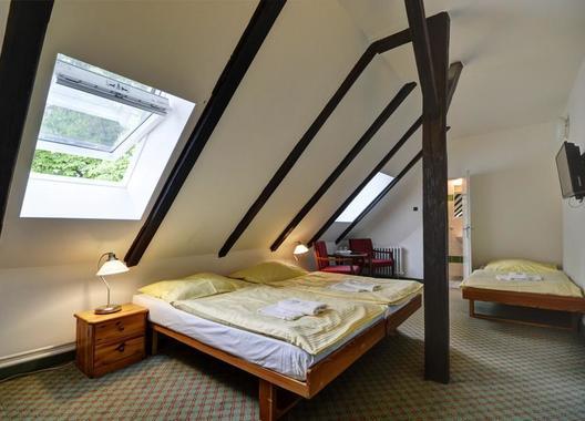 Hotel-Svornost-4