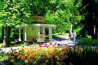 Lázeňský hotel Jirásek-Konstantinovy Lázně-pobyt-Letní dovolená