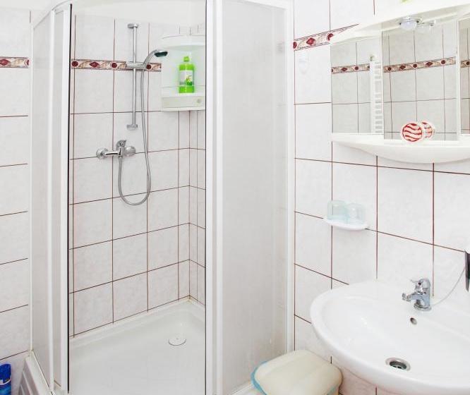 Sprchový kout pokoj č.1