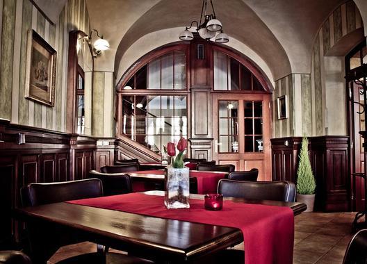 Hotel-La-Fresca-3