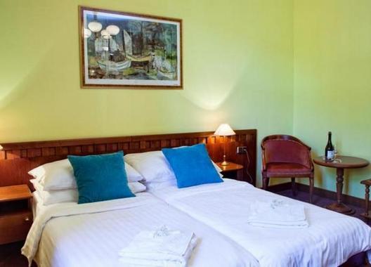 Hotel-Villa-Ostrava-3+-7