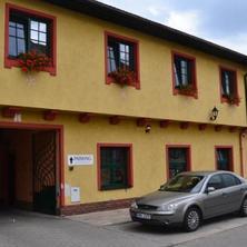 Penzion a restaurace U Koníčka