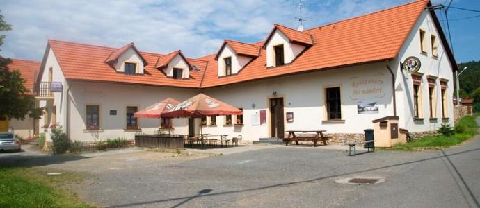 Penzion Na Náměstí Mníšek pod Brdy 1134878337
