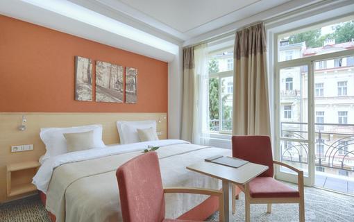 Spa Hotel IRIS 1152591441