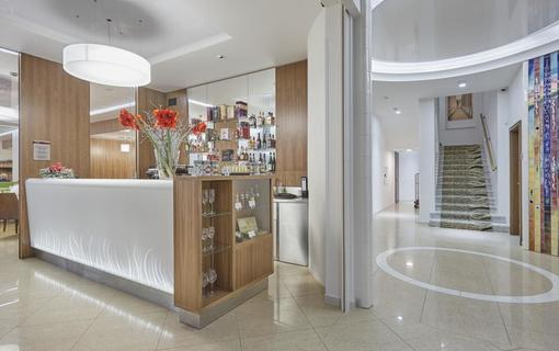 Spa Hotel IRIS 1152591423