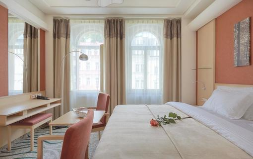 Spa Hotel IRIS 1152591413