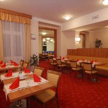 Hotel Grand Hradec Králové 45932410