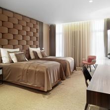 THEATRE HOTEL