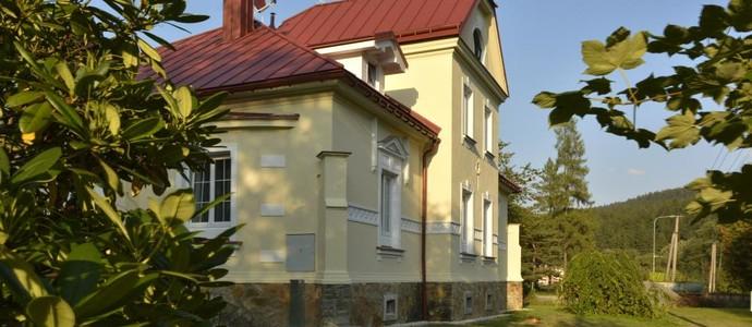 Apartmány Na Faře + Stodola Na Bílé Bílá