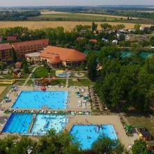 Penzion Bonaparte-Patince-pobyt-Letní dovolená 7=5