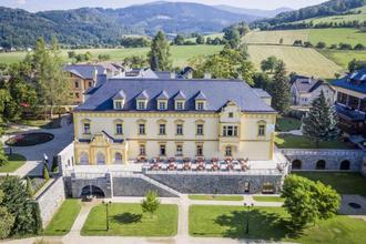Zámecký resort Sobotín 45013264