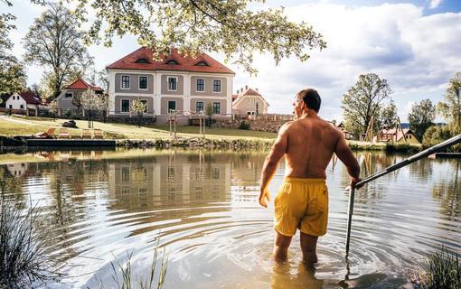 Aparthotel & Wellness Knížecí cesta Osvěžení v rybníku