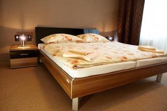 Hotel SPECTRUM Trnava 33654488