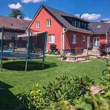 Red Pine Apartments - Vlachovice