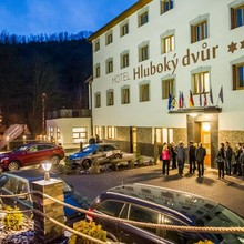 Hotel Hluboký dvůr Hlubočky