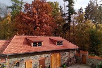LICHTENSTEINSKÁ STODOLA Bělkovice-Lašťany 42450238