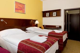 Hotel ZRUČ Zruč nad Sázavou 33662706