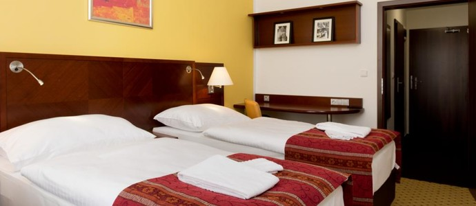 Hotel ZRUČ Zruč nad Sázavou 1086212662