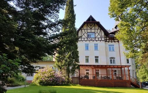 Malý léčebný pobyt na 2 noci- WELLNESS HOTEL VILLA GROHMANN 1141624171
