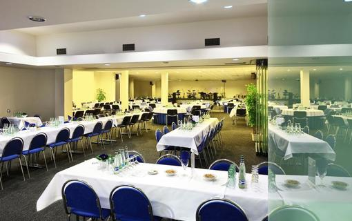 Hotel Flora Balneo 1156433973