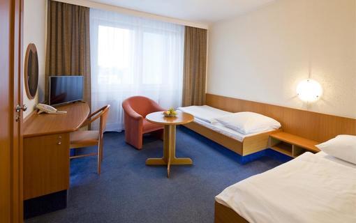 Hotel Flora Balneo 1156433959