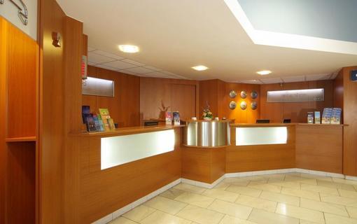 Hotel Flora Balneo 1156433969